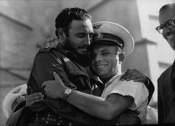 Фидель Кастро, Гагарин