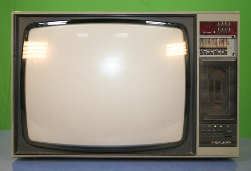 Телевизионный приёмник цветного изображения