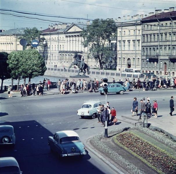 Аничков мост, 1960е: СССР, факты