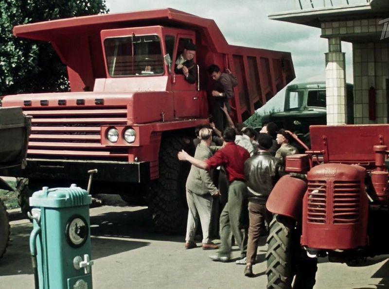 Советский автотрафик 1962 года в фильме
