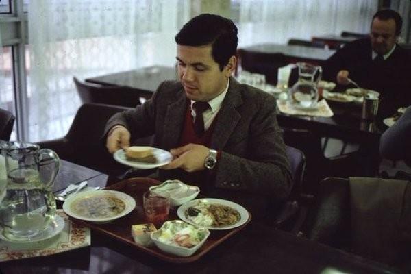 Обед итальянского туриста в Москве, 1981 год Моменты из прошлого, СССР, детство, ностальгия, подборка
