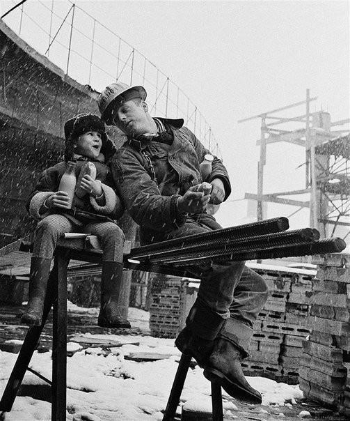 Короткий перекус и школьные новости. Москва, 1965 год Моменты из прошлого, СССР, детство, ностальгия, подборка